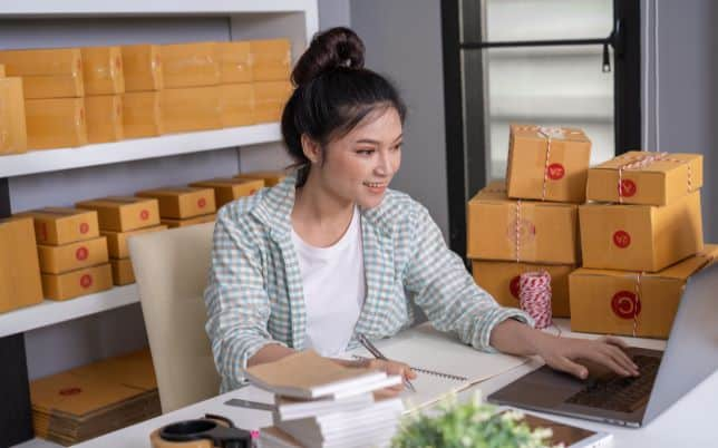 Woman starting an eCommerce business