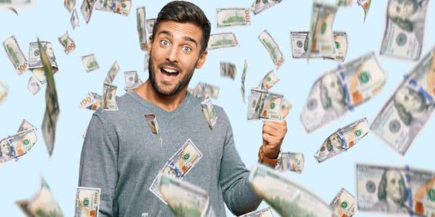 Man making money online